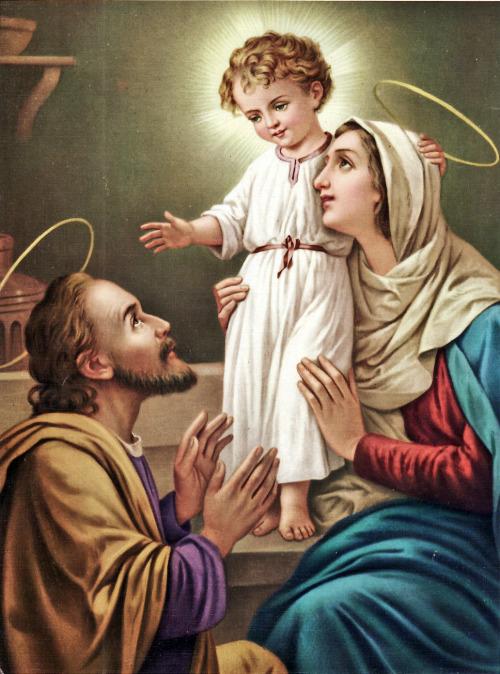 KEMURNIAN HIDUP KELUARGA KUDUS YESUS MARIA YOSEF